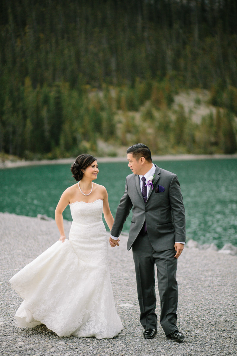 joeewong-kevin-emily-canmore-wedding-grand-rockies-silvertip-0017