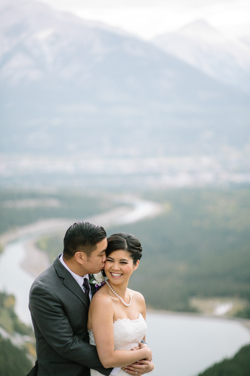 joeewong-kevin-emily-canmore-wedding-grand-rockies-silvertip-0020