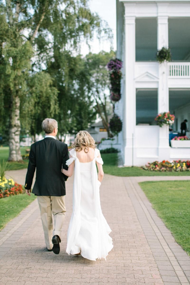 joeewong-janeandrew-rcyc-royal-canadian-yacht-club-ralph-lauren-inspired-wedding-toronto0047