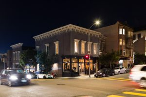 Intimate San Francisco City Hall Wedding with a quick drink at the Riddler, and dinner reception at Octavia